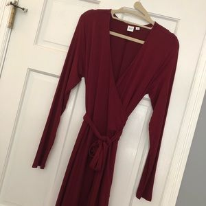NWOT Gap LS Wrap Dress - 2/$20